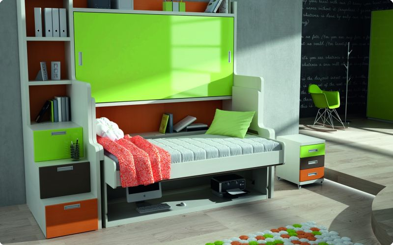 apertura de la primera cama de la litera abatible horizontal con mesa